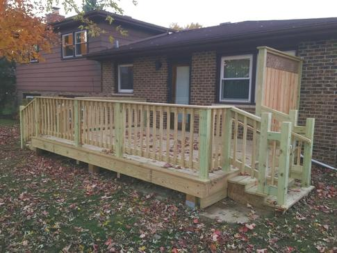 Darien deck 2015 by A Affordable Decks